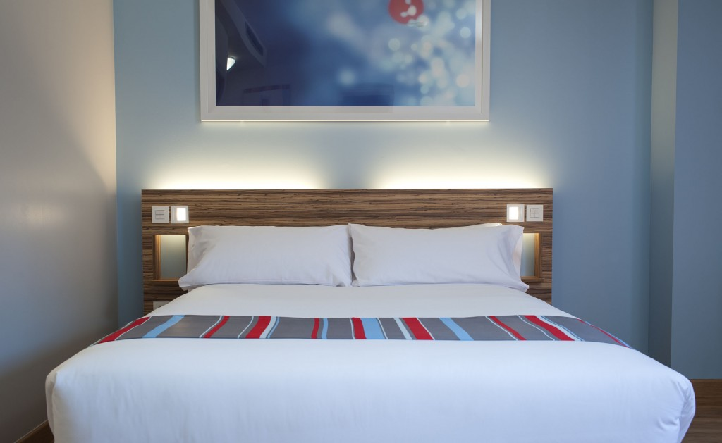La cómoda cama del hotel Travelodge Alcalá