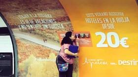 Vender viajes a través del olfato: original campaña publicitaria de Destinia