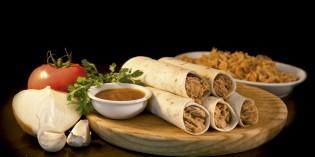 Rellenos de auténticos platos mexicanos para el restaurante