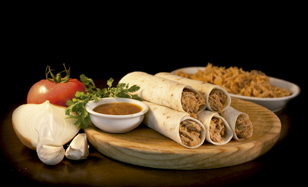 Rellenos de auténticos platos mexicanos para el restaurante ...