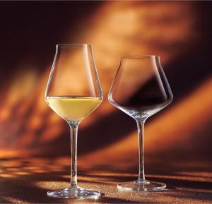 """Reveal Up, nueva copa """"oficial"""" de Aponiente, diseñada para potenciar los aromas del vino"""