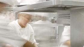 ¡Esta cocina es un desastre! 9 consejos para que la cocina de su restaurante sea más eficiente