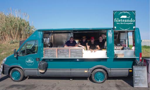 El food truck vintage del restaurante barcelonés El Filete Ruso
