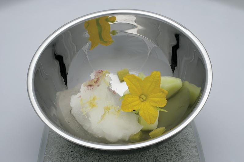 Sopa de agua tónica, plato de elBulli elaborado con Fever-Tree Premium Indian Tonic Water