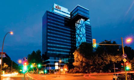 La vanguardista fachada del hotel Riu Plaza Berlín
