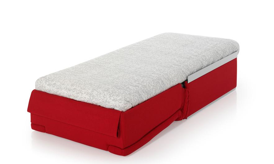 El sillón Ecus, convertido en cama