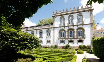 El espléndido edificio solariego de estilo barroco, rodeado de jardines, de Casa da Ínsua
