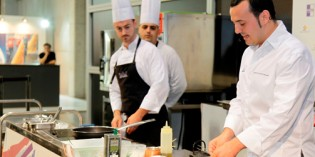 Productos gourmets y conocidos panaderos y chefs: así es Gastrónoma