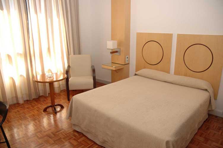 Habitación del hotel Don Curro, en el centro de Málaga,