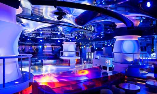El espectacular interior de Pacha Macao, con una pista de baile de 90 m2