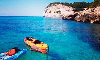 Cala de Menorca. Artiem Hotels busca personal en la isla