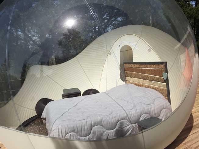 La versión más básica de burbuja (bubble dreams), de una habitación