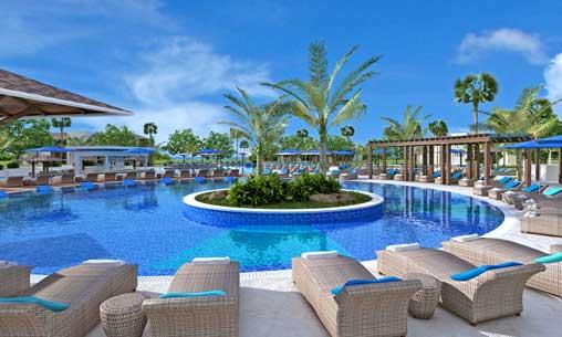 Piscina del hotel Iberostar Playa Pilar, en Cayo Guillermo, Cuba