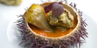 Alcachofas, ortiguillas, falso tocino y erizo de mar… receta de Luca Rodi