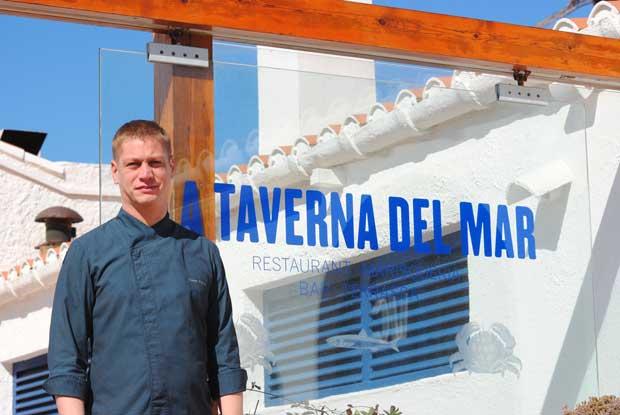 Gaetan Paulus, en el exterior de La Taverna del Mar