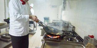 Los riesgos que supone el trabajo en la cocina profesional
