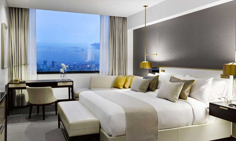 As son los nuevos colchones del hotel rey juan carlos i for Hoteles barcelona habitaciones cuadruples