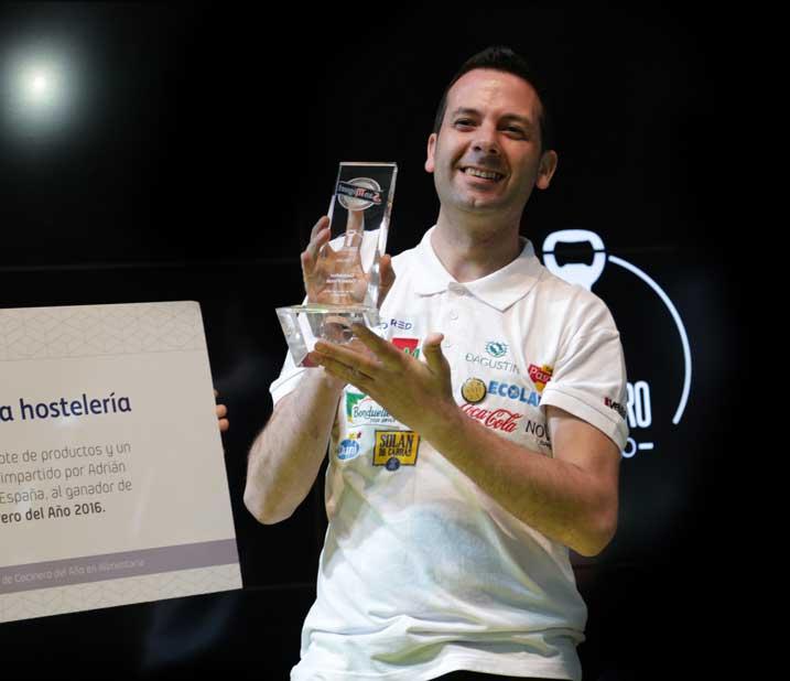 Óscar Quintana, vencedor del II Concurso Camarero del Año