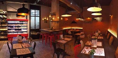 El nuevo establecimiento de Ponzano combina tienda, restaurante y coctelería