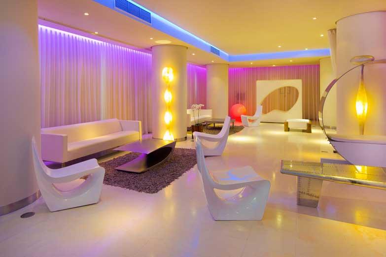 El vanguardista interior del hotel Pacha Ibiza