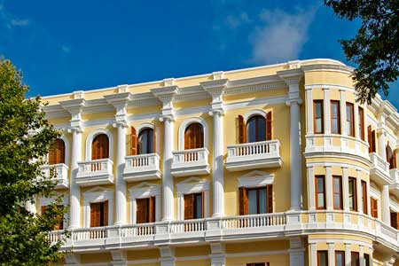 Fachada del Gran Hotel Montesol de Ibiza