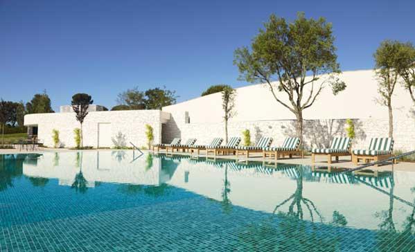 La piscina del hotel Camiral