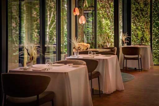 Interior de Xerta, el restaurante gastronómico del hotel