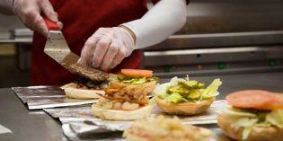 Five Guys llega a España con su original concepto de hamburgueserías