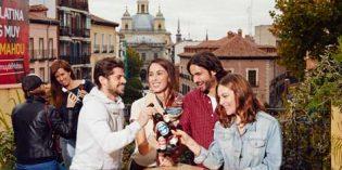 Los españoles aprueban con nota a bares y restaurantes