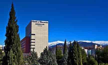 Fachada del hotel Nazaríes, de 5 estrellas