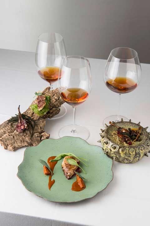 El plato principal de Casa Marcial, «Becada… sus partes», se sirvió en tres entregas con tres armonías diferentes: