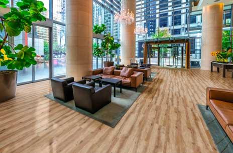 El suelo vinílico de lujo y de alto rendimiento de Adore Floors que presenta Gabarró