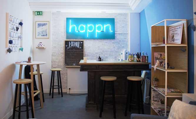 Interior del Happn Café