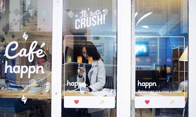 Happn Café desde el exterior