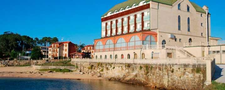 Fachada del hotel Ofiusa