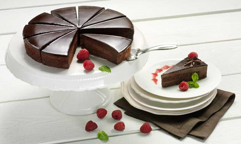Tout-au-Chocolat, pastel de chocolate fundente precortado