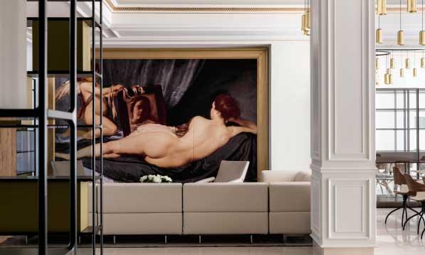 El vestíbulo del nuevo hotel Gran Meliá Palacio de los Duques en Madrid,