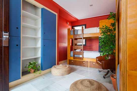 Habitación de La Banda Rooftop Hostel, de Sevilla, Mejor Hostel de España 2017