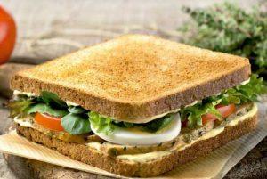 Sándwich caliente  de Pavo California, uno de los últimos lanzamientos de Rodilla, en la línea de productos saludables