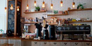 La buena marcha del consumo y del turismo impulsa a la hostelería
