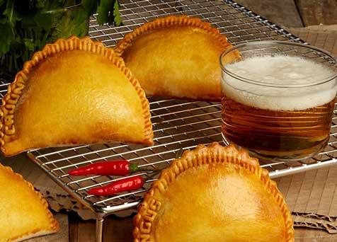 Empanadillas Punk Pies de Chousa, con un abundante relleno