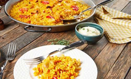 Plato de arroz o paella de Espaella