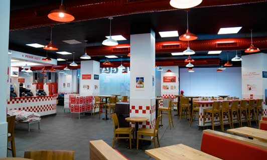 Interior del local Five Guys de Parquesur