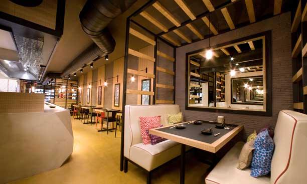 mesas del restaurante Kote