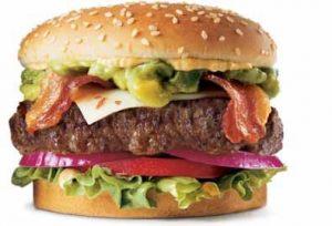 Una de las grandes hamburguesas premium de Carl´s Jr.