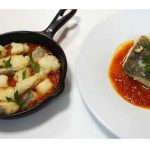 Vídeo-receta: bacalao de Torry Harris rebozado con tomate, para menú y tapa