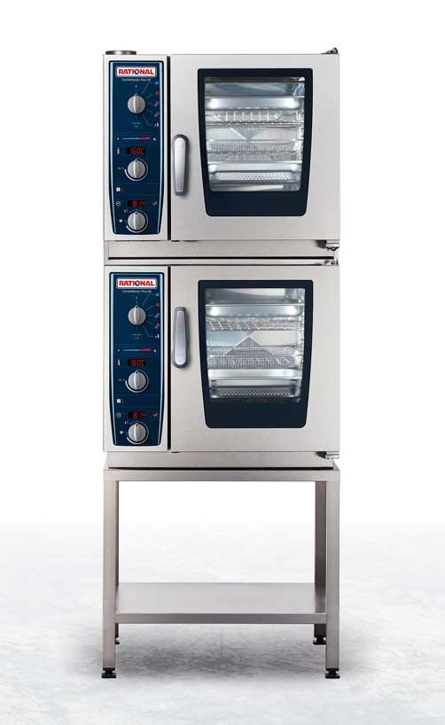 El horno CombiMaster Plus XS, por su tamaño compacto, es perfectamente apilable
