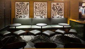 El nuevo local Starbucks en el hotel Romm Mate Oscar, en Chueca