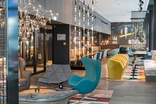 Lounge del Motel One Berlin-Alexanderplatz