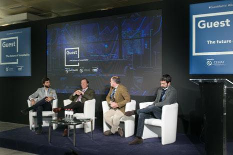 Debate sobre economía colaborativa e industria turística en el congreso Guest Summit